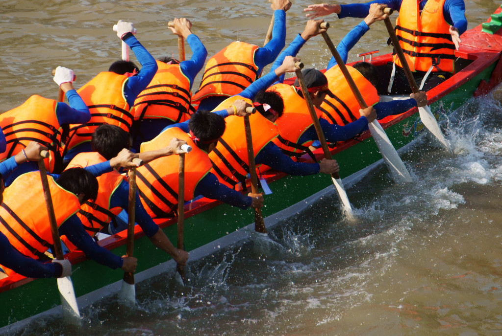 team building dragon boat racing